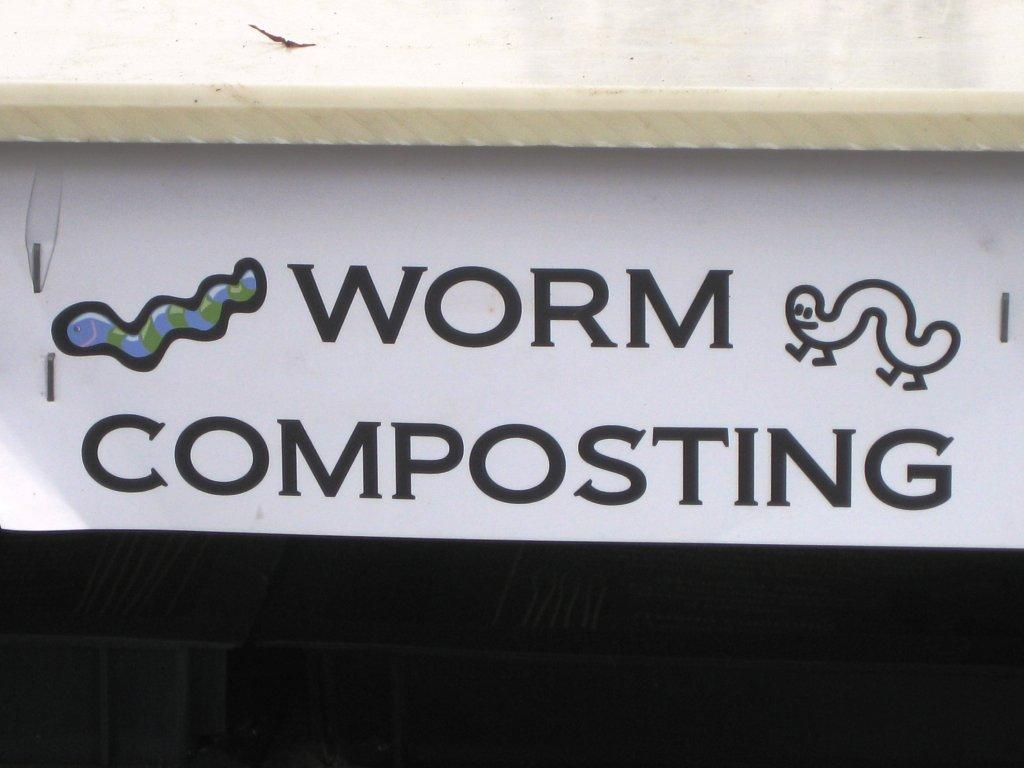 worm_composting.jpg